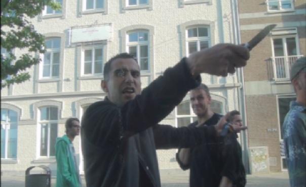 """""""Ich stech dich ab!"""" Dealer droht auf offener Straße - Photo by JDTV - Mit freundlicher Genehmigung von JDTV"""